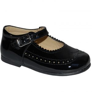 B2022 Pantofi negri din piele lacuita